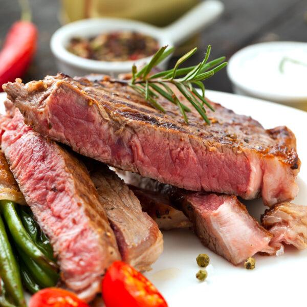 home delivered meals - steak au poivre