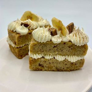 Banana toffee cakes